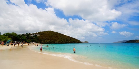 Island Tour with Shopping and Beach Stop in St. Thomas